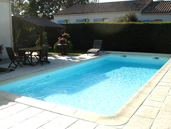 Pose piscine coque best piscine creuse terrasse with pose for Pose piscine coque