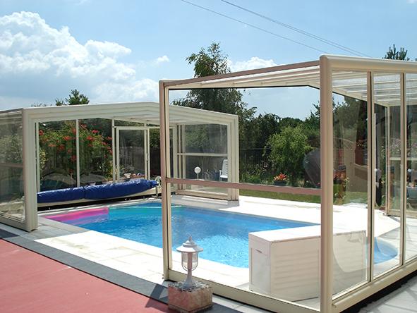 Abri v randa pour piscine littoral piscines littoral for Veranda pour piscine