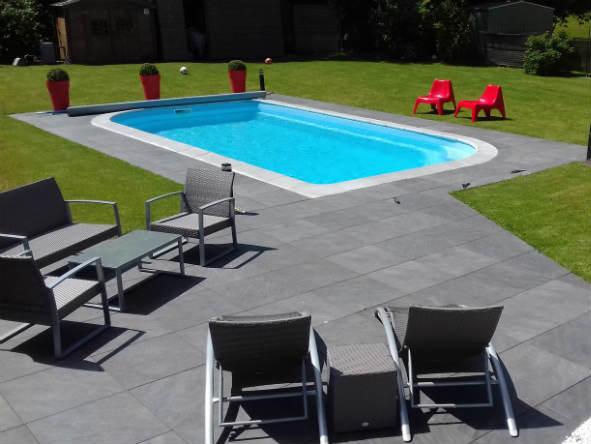 pose de piscine coque polyester la bazouge des alleux 53 littoral piscines. Black Bedroom Furniture Sets. Home Design Ideas